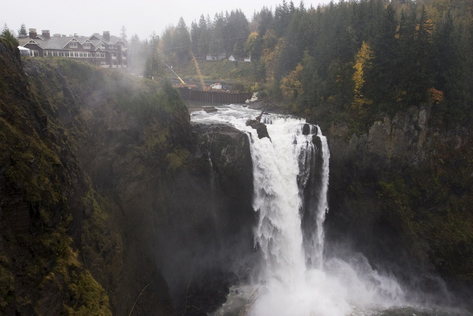 WELCOME TO TWIN PEAKS TRAVEL GUIDE