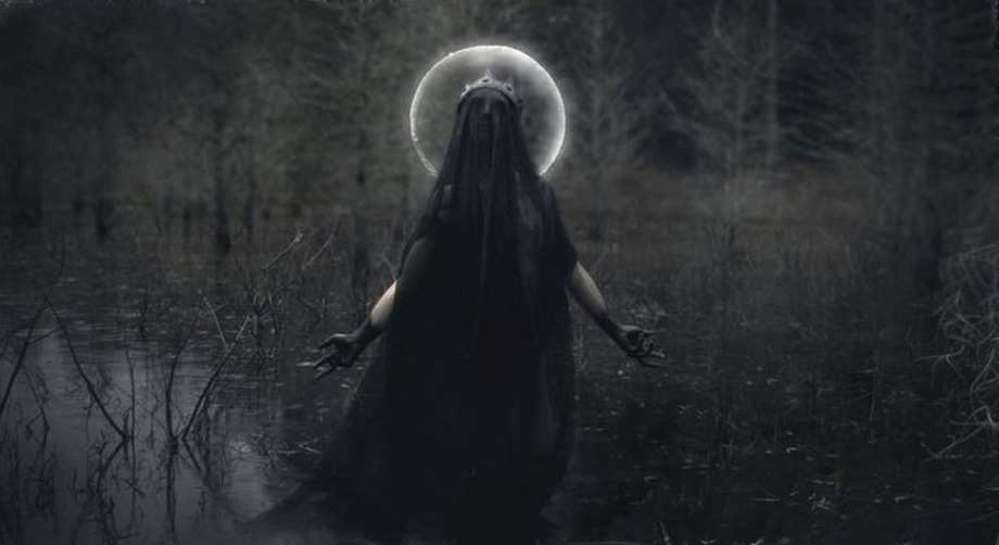 Manifesting, Magic and The New Moon