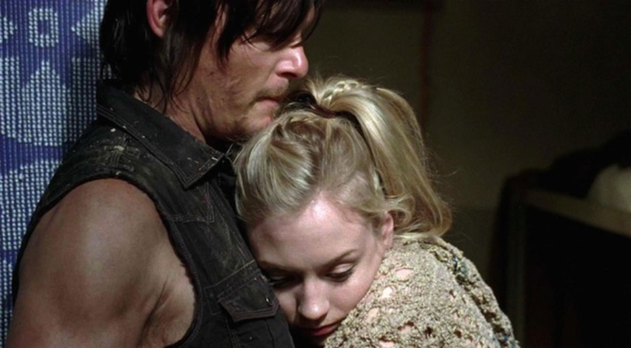 beth-and-daryl-hug