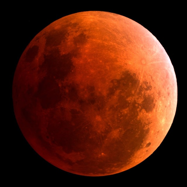 Blood Red Moon_total eclipse5_April 15 2014